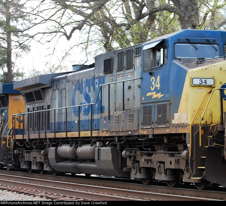 CSX 34 and 885