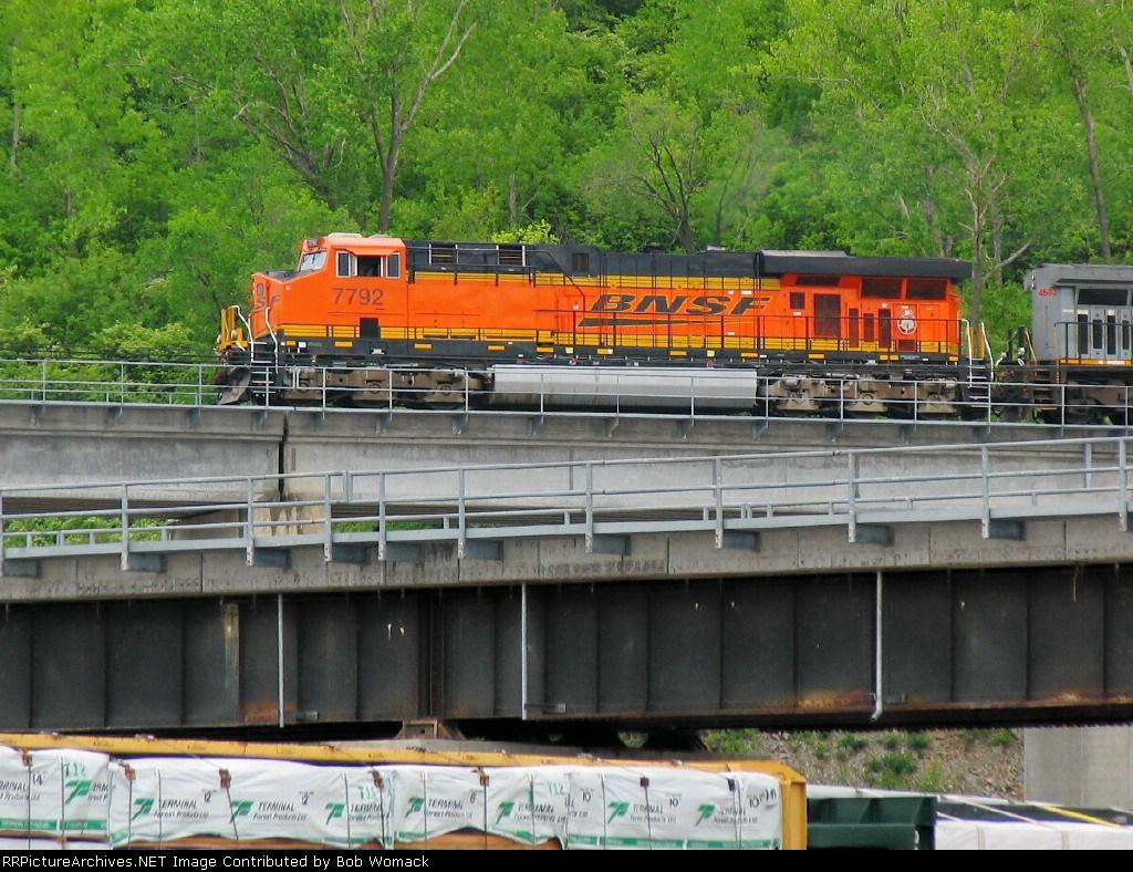 BNSF 7792