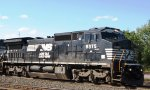 NS (Norfolk Southern) Ex-CR GE C40-8W Locomotive