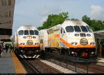 Sunrail Trains Meet each other