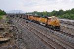 BNSF 8829 on NS Scherer Load