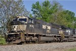 NS 2619 W / F Eastbound
