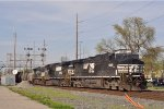 NS 9048 On NS 177 Eastbound