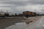 BNSF 5203 & others (4)