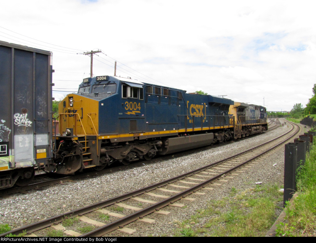 CSX 3004 and 131