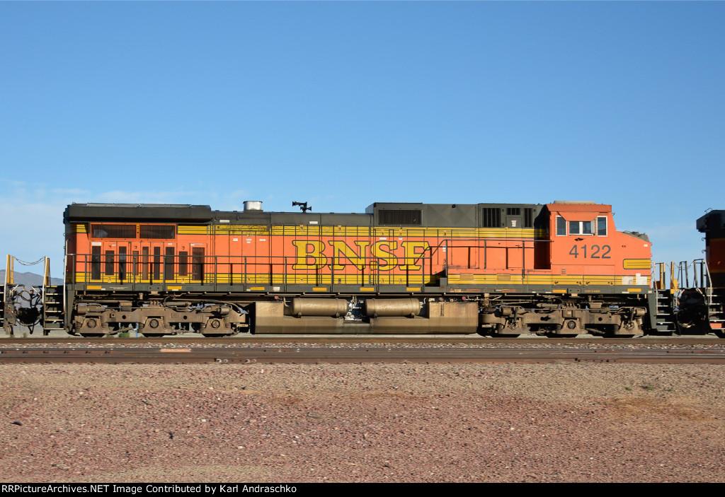 BNSF 4122