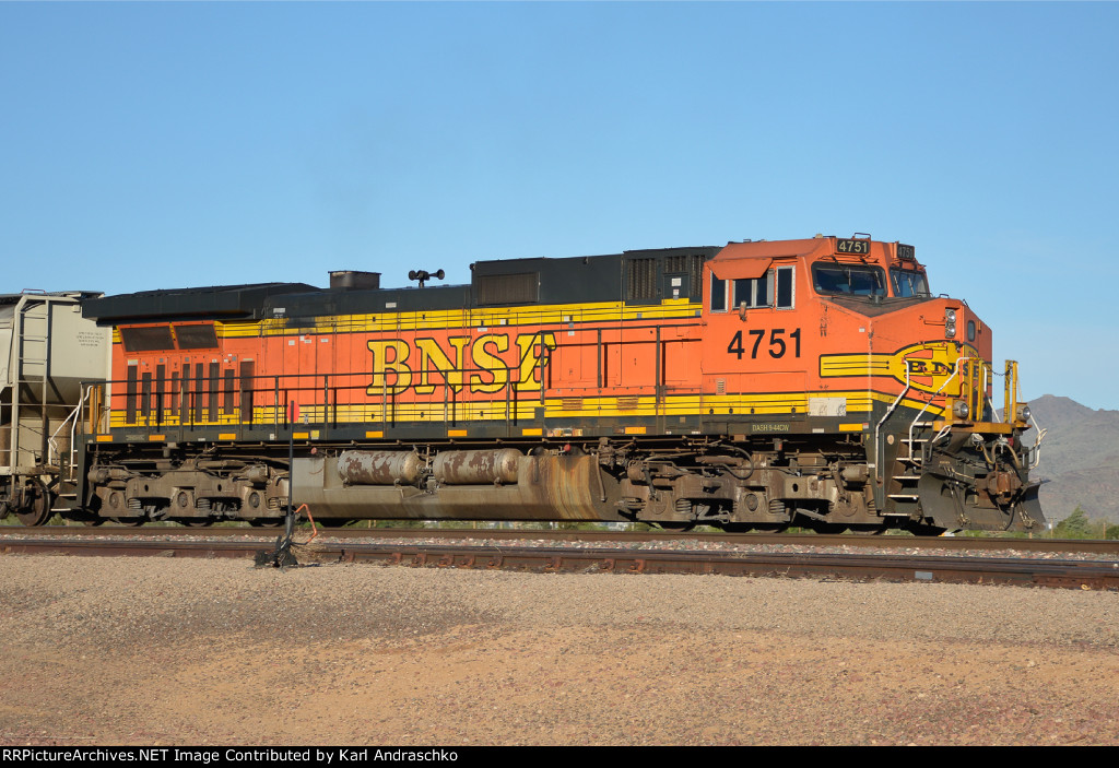 BNSF 4751