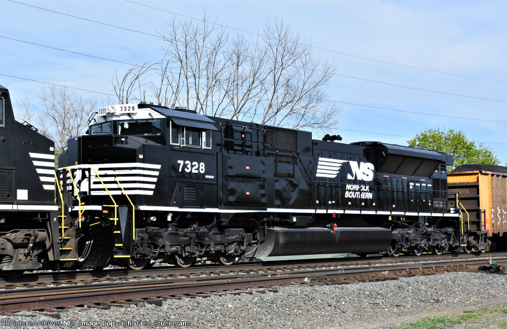 NS 7328 was not listed as an SD70ACU before on rrpa.