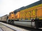BNSF 8932