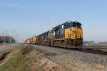 CSX 3263 leads 4 standard cab EMD's east with Q326-01
