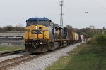 CSX 9028 & 5384 roll into town with D701 from Flint