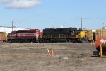 4209 & 4189 move around Hughart Yard as they work their way to the south end