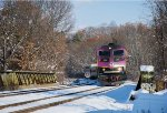 MBTA 2031 rounds the curve by Recreation Road