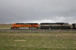 BN 9548 and BNSF 5777 Lead empties