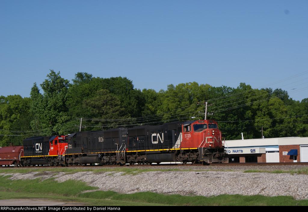 CN Southbound manifest train