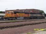 BNSF 9935 & BN 9590