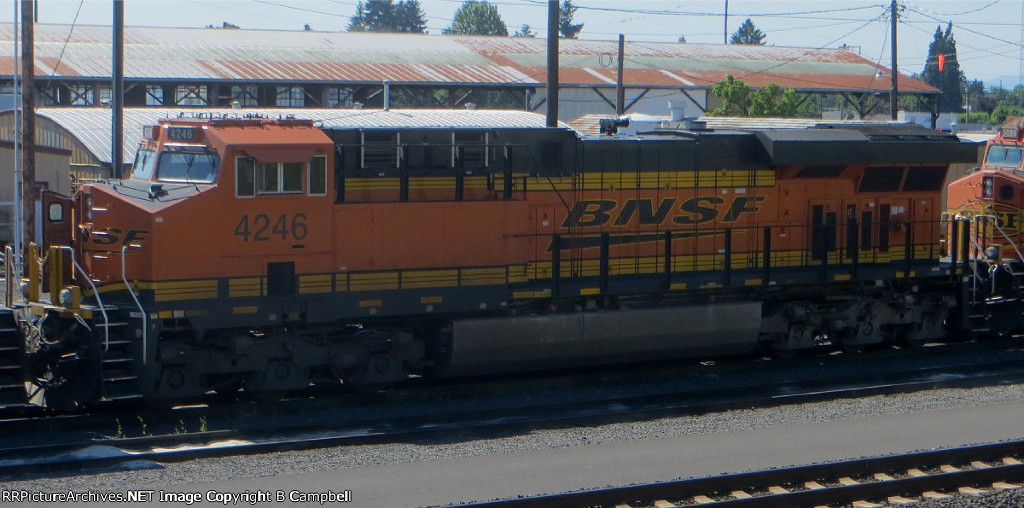 BNSF 4246