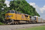 UP 5437 On CSX Q 217 Eastbound