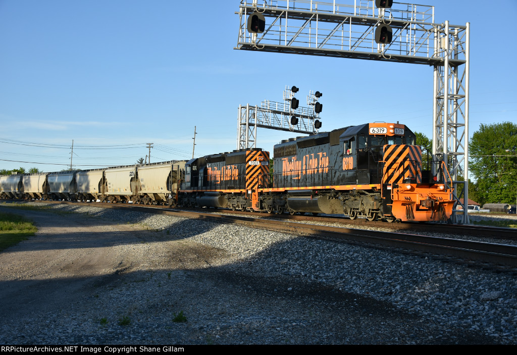 WE 6319 Drags a Toledo bound freight out of Bellevue Ohio.