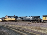 NS 9689 & UP 4461 Help Pull an Intermodal Consist
