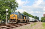 Pair of CSX GEVOs lead the QAGLI-10 north