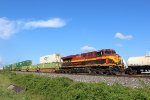 KCSM 4673 leads a WB intermodal