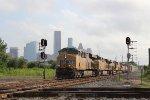 UP 7501 leads the QWCEW w/ downtown Houston skyline