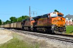 BNSF 6289 and 5855