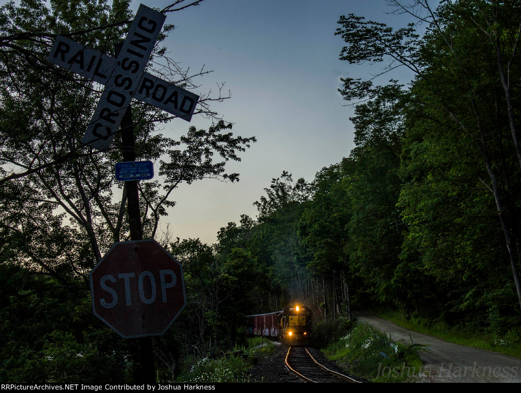 Housatonic Railroad NX-13 Bearing Down on River Road
