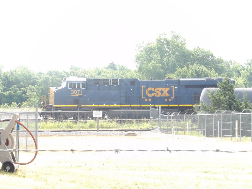 CSX ES44AH 3071