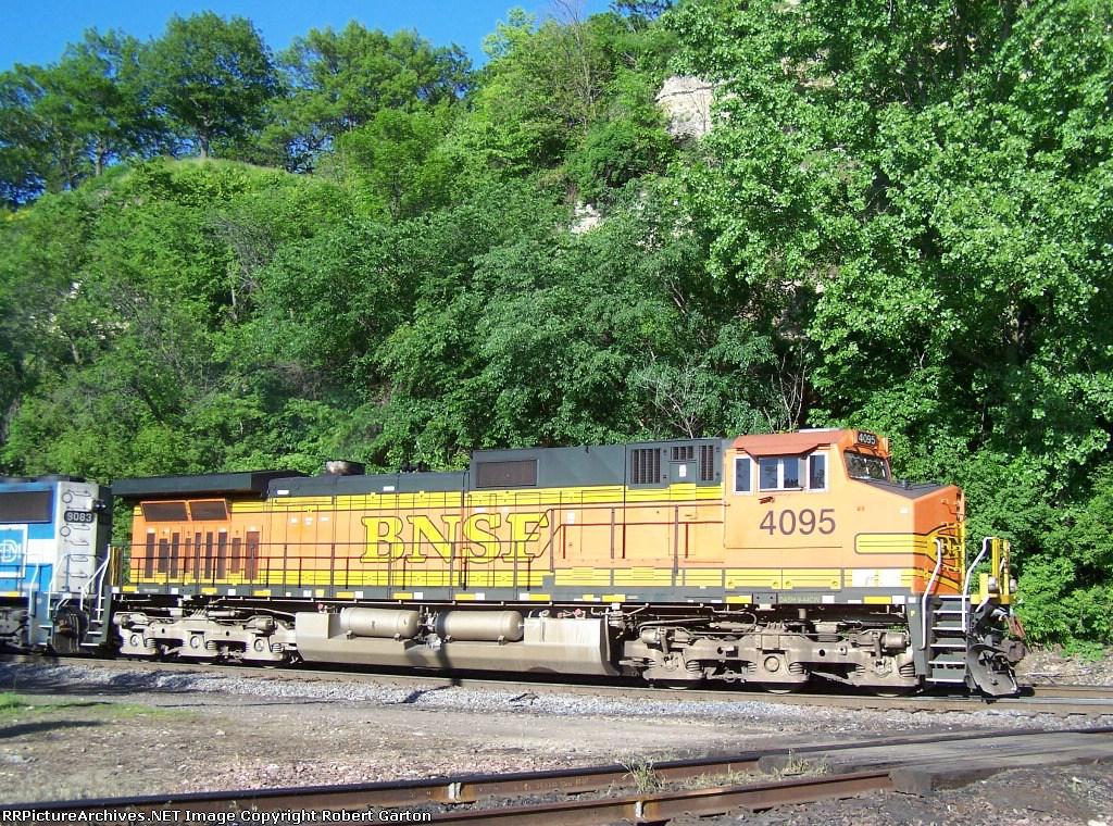BNSF 4095