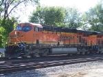 BNSF 5751
