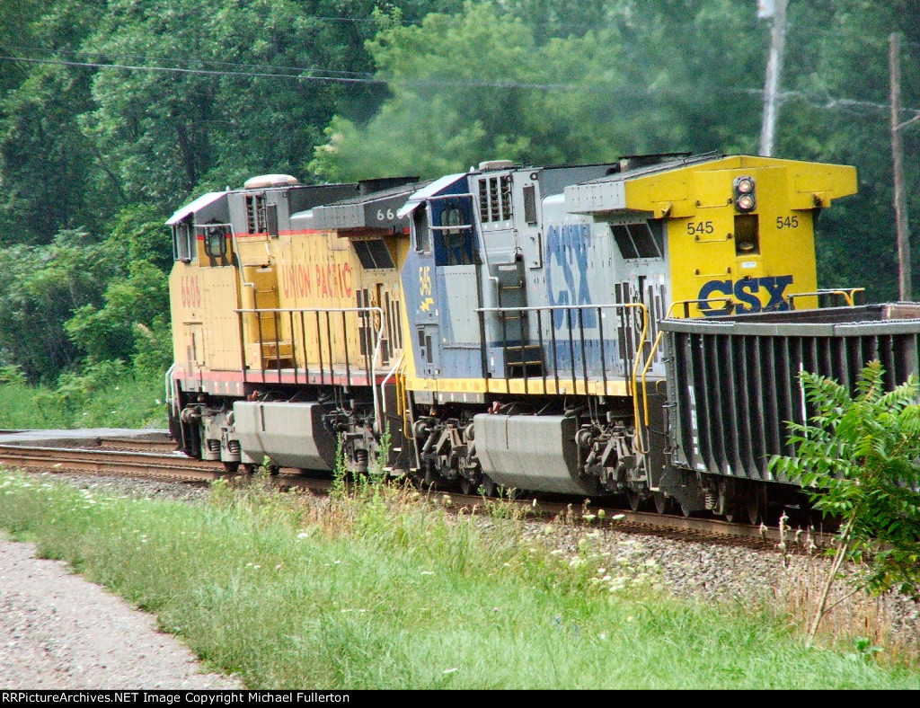 UP 6606 & CSX 545