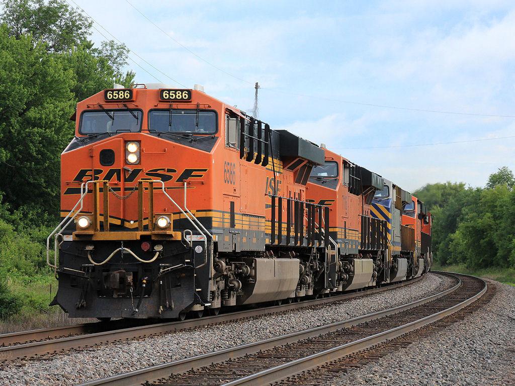 BNSF 6586