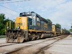 CSX 4058 and 8 other engines lead a manifest east