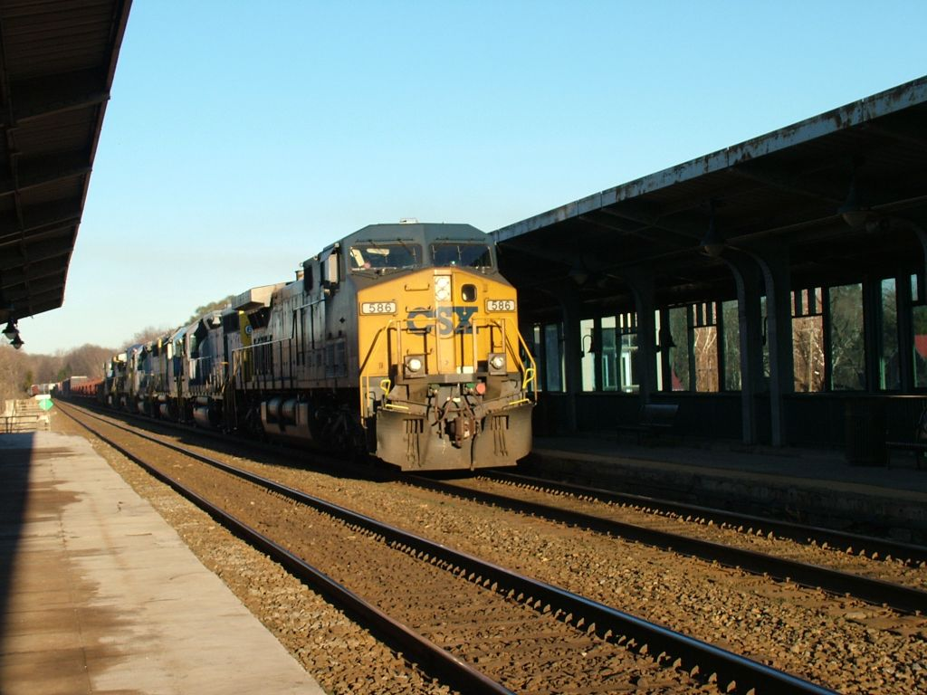 CSX 586 leading 5 engines on a short freight