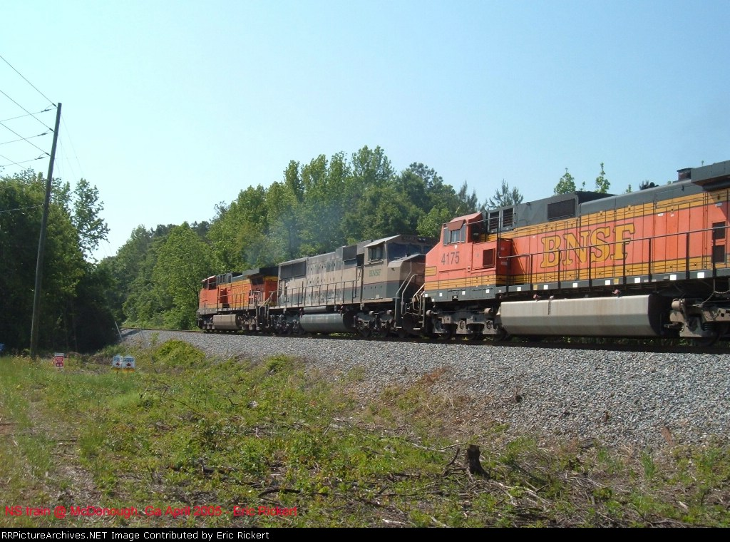 BNSF 4175