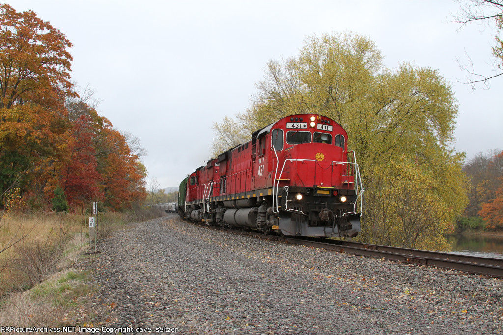 A pair of C430's lead a Westbound WNYP freight toward the BPRR interchange in Salamanca