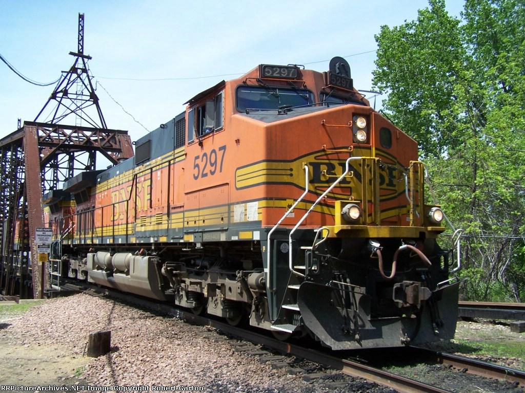 BNSF 5297