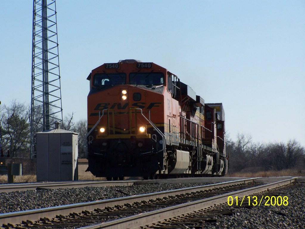 BNSF ES44DC 7540
