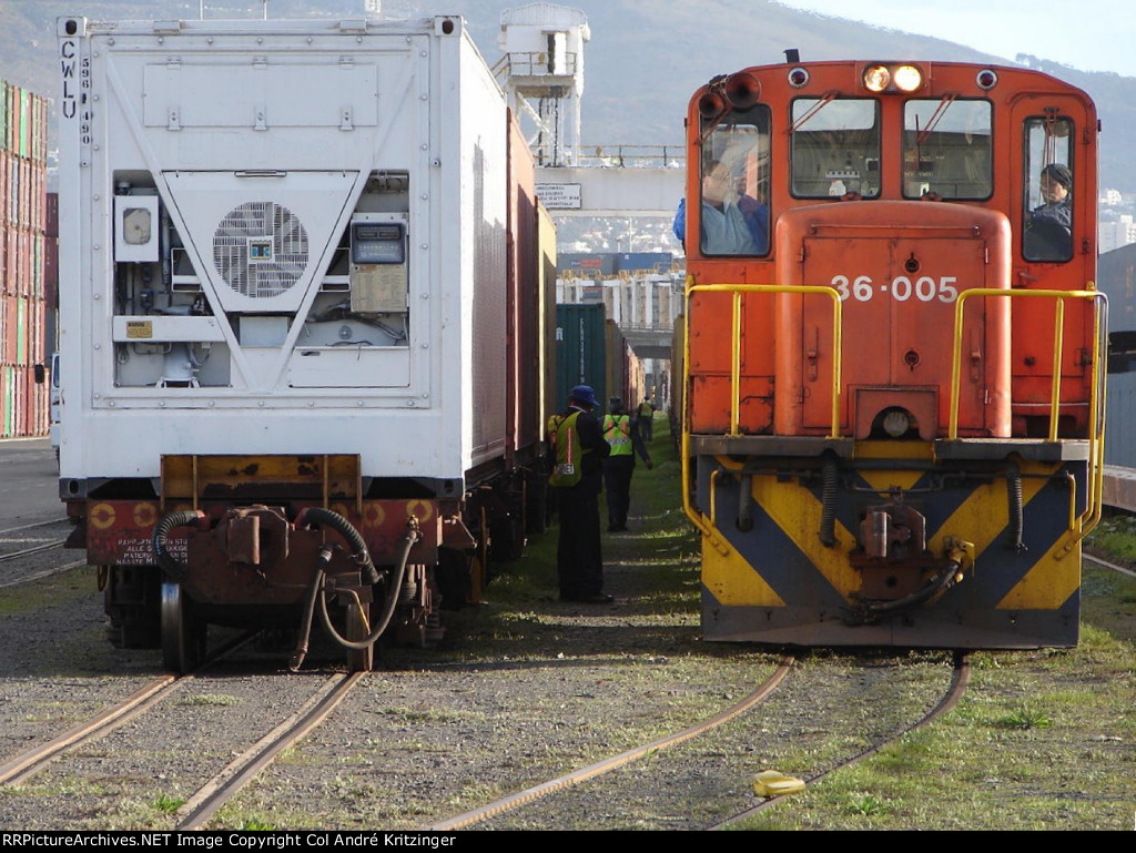 ContainerWorld 45R1 CWLU 596149 0