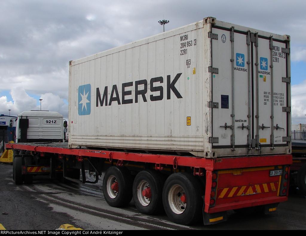 Maersk 22R1 MCRU 204953 3