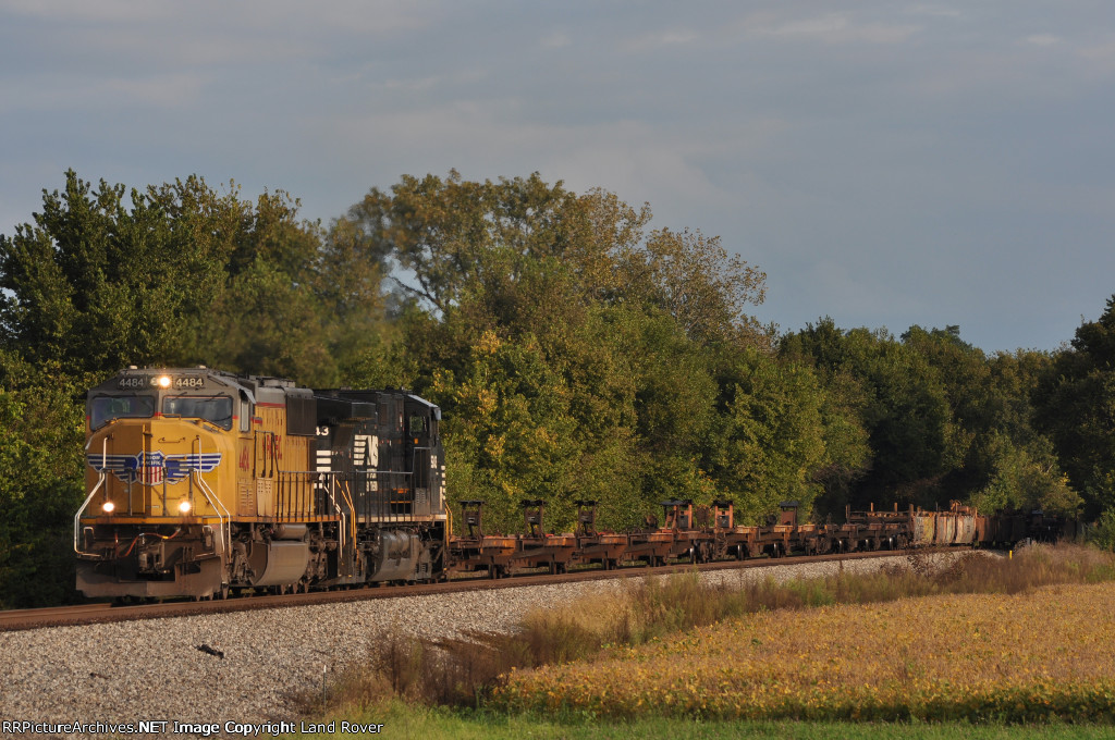 UP 4484 On NS 282 Westbound