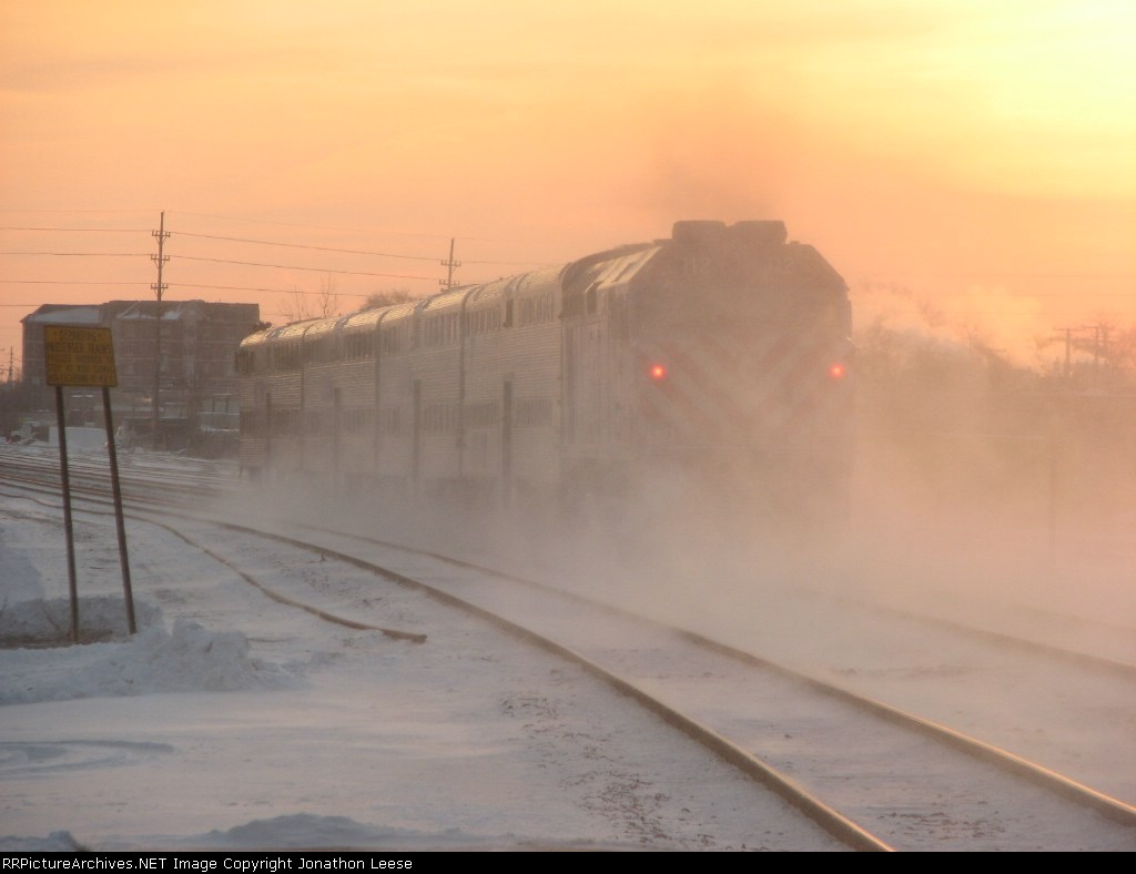 METX 112 Shoves toward Chicago