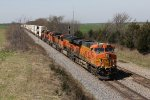BNSF 7669 rolls along quickly with the Z-LACNYC9