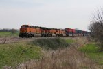 BNSF 7194 rolls west on the Chilli Sub leading the S-LPCLBL6