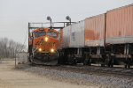 BNSF 6594 rounds the curve at track speed with Z-NYCLAC9