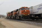Four different models of BNSF GE's lead Z-NYCLAC9 west