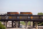 BNSF4220 and BNSF5957 passing BN Xing