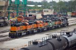 BNSF262, BNSF297, BNSF296, BNSF1915, BNSF2119, NS7318 and others outside the depot